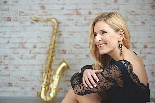 04. Stefanie Hertel.jpg